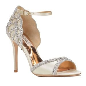 New Badgley Mischka sparkly satin glam shoe Roxy